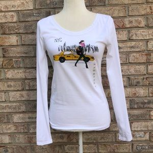 Ann Taylor Loft Outlet white tee, NYC taxi, XS,NWT